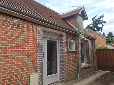 A louer appartement la ferte saint aubin m l for Garage ad la ferte saint aubin